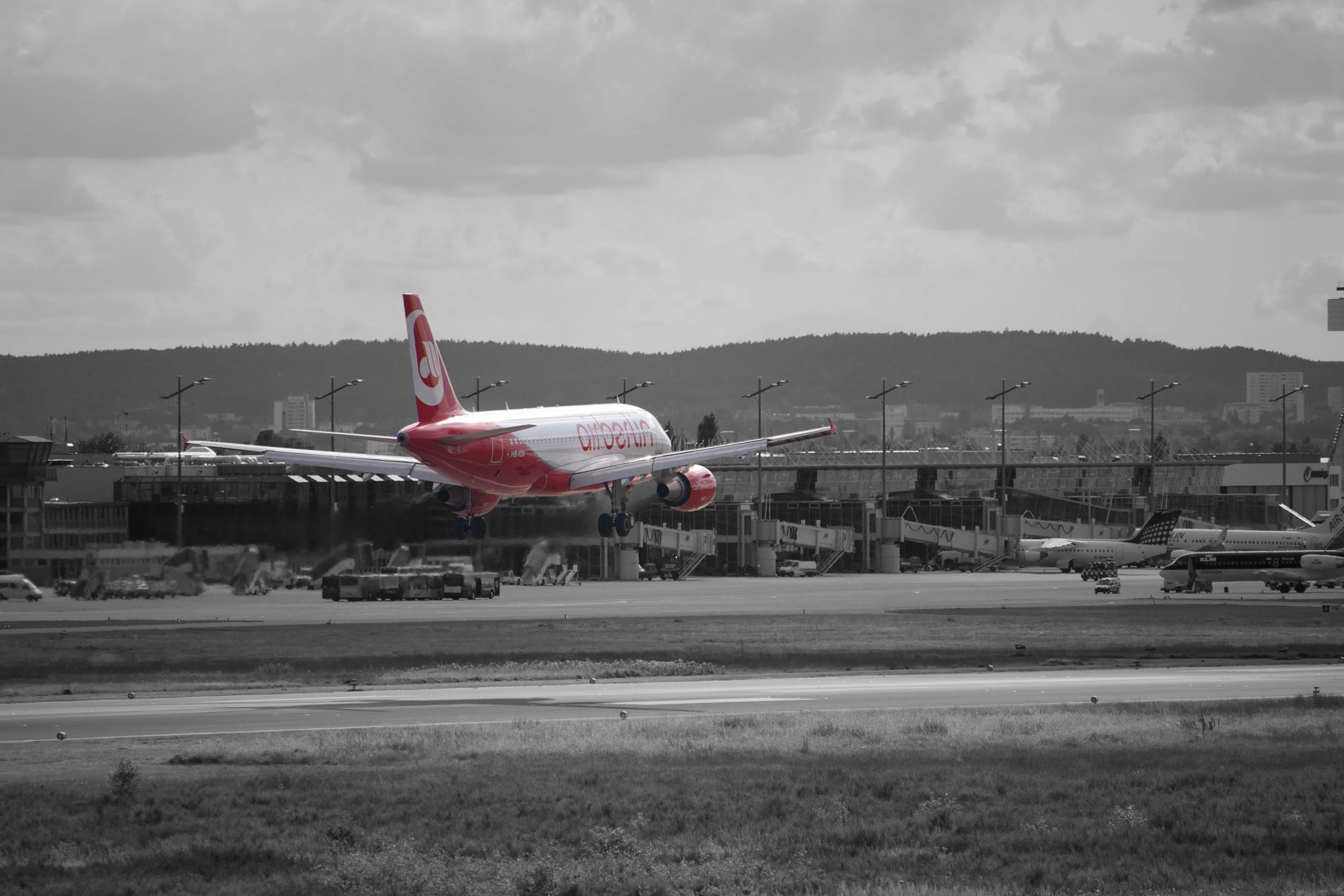 Air Berlin Flugzeug in Nürnberg