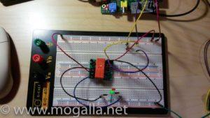 Bild: Versuchsaufbau bistabiles Relais grüne LED