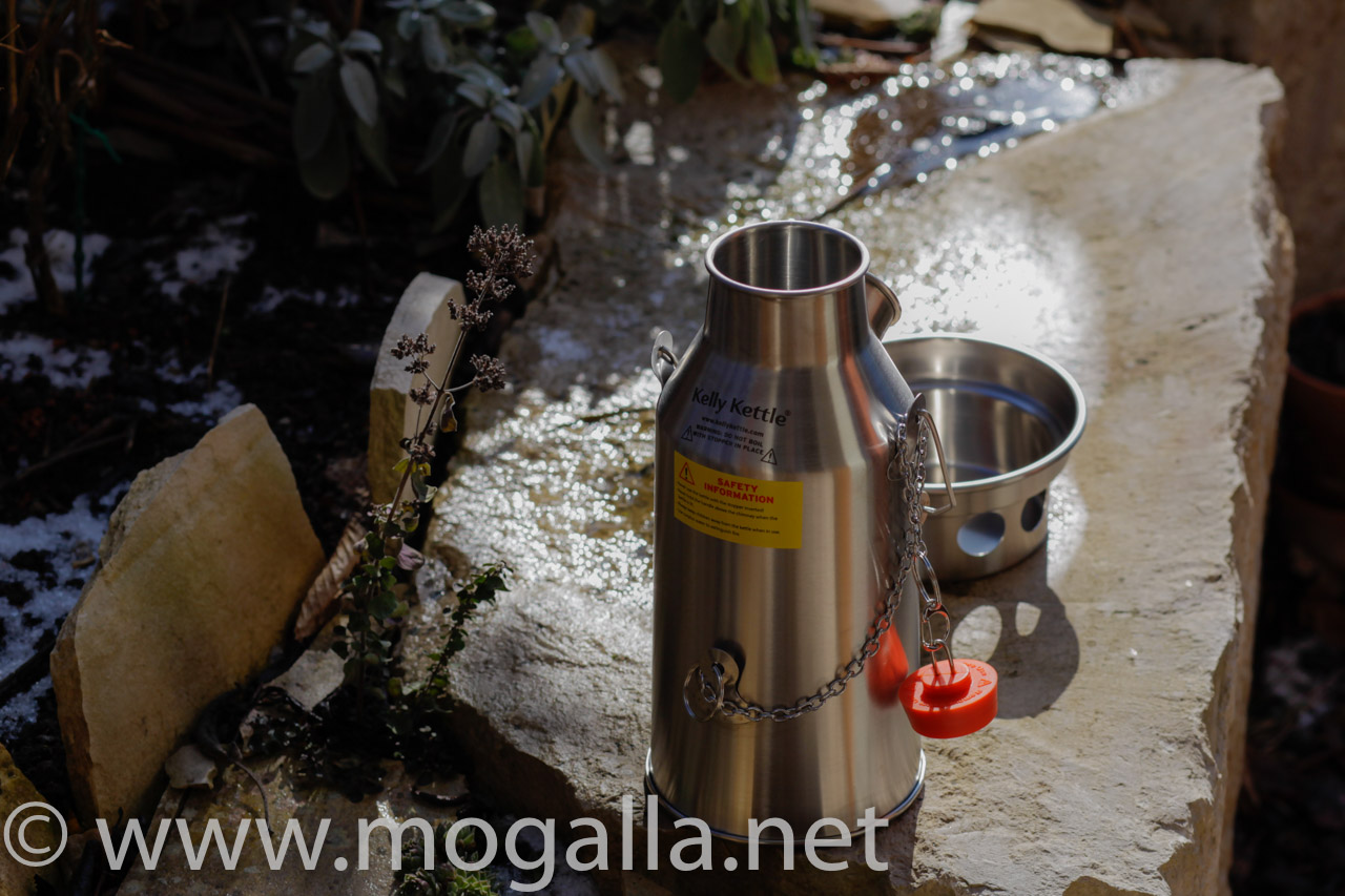 Bild: Kelly Kettle Trekker winterlicher Test
